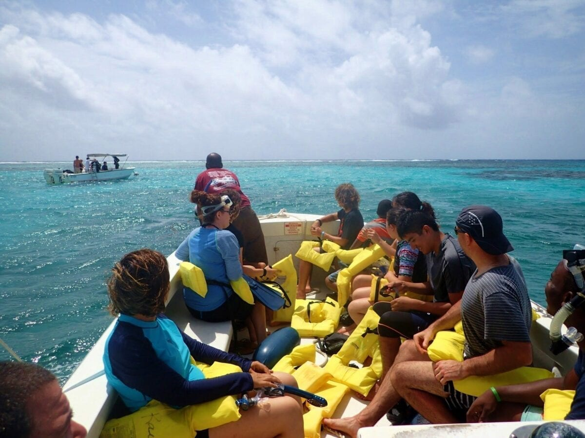 Belize Barrier Coral Reef, Snorkel and Fishing